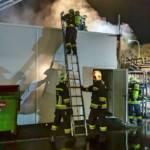 Brand im Freilager eines Gewerbebetriebes