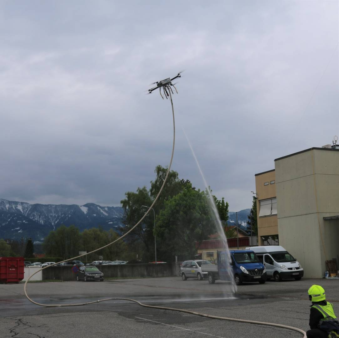 Poenix Multicopter Brandeinsatz