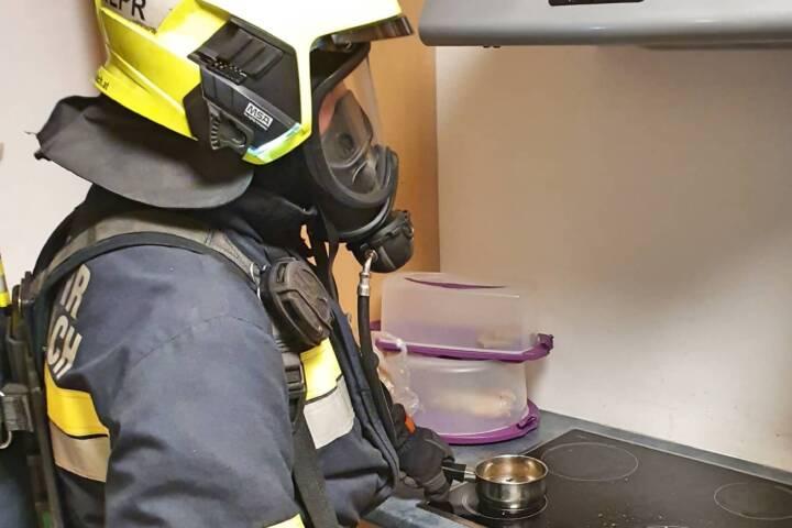 Nachbarn und Rauchmelder verhindern Küchenbrand