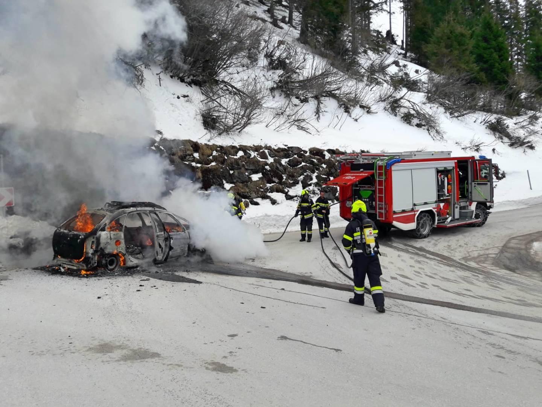 Fahrzeugbrand auf der Planneralmstraße