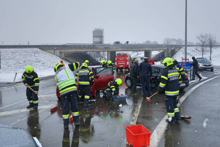 Verkehrsunfall bei Autobahnauffahrt