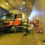 Verkehrsunfall im Massenbergtunnel