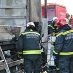 LKW-Zugmaschine brennt vollständig aus