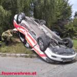 Verunfalltes Rettungsauto