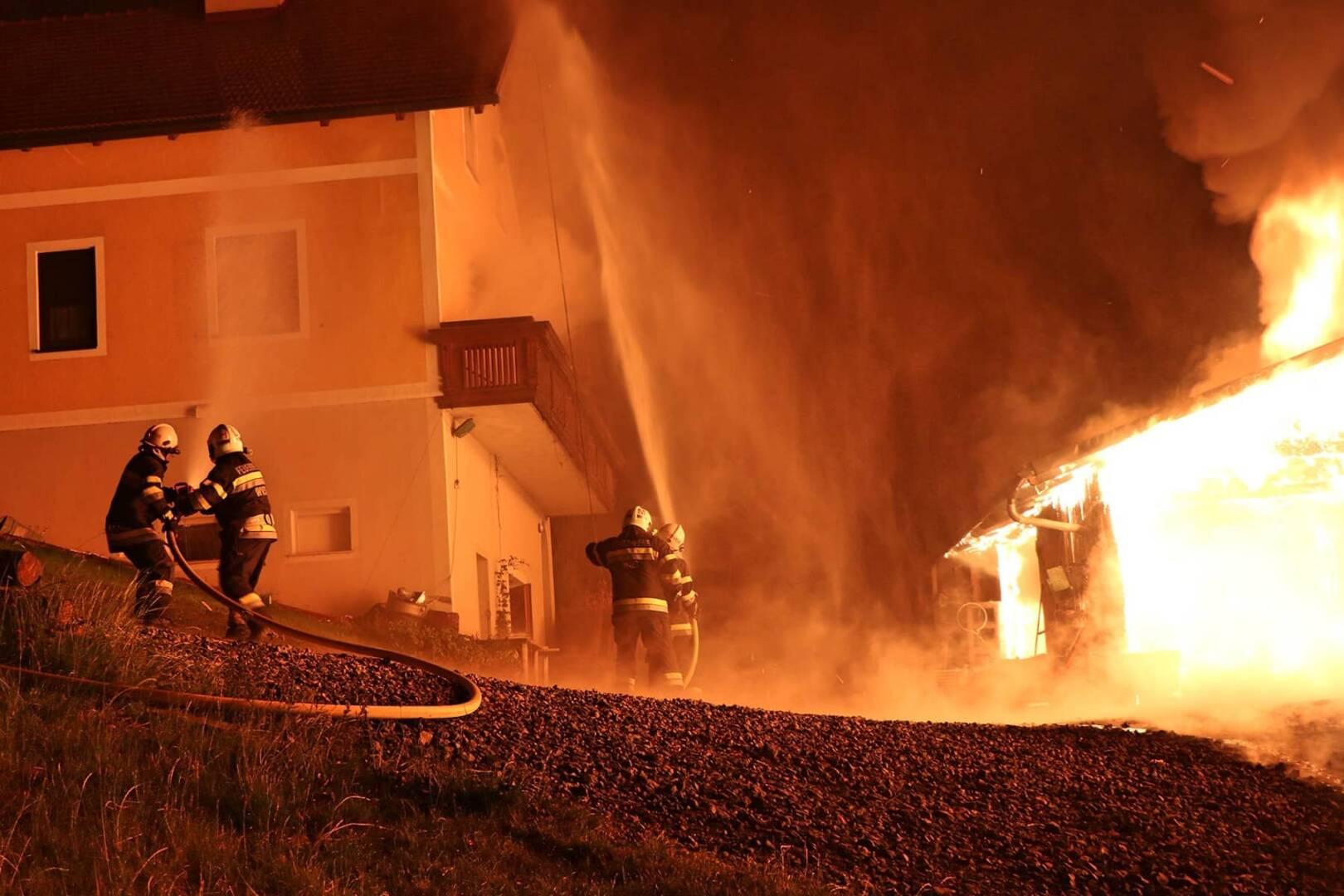 Wirtschaftsgebäudebrand in Tombach