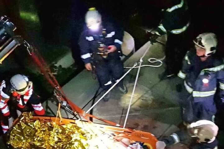 Abgestürzte Person in Wien-Neubau