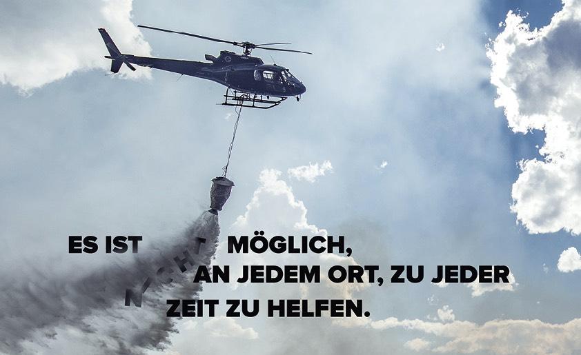 Waldbrand mit Hubschrauber