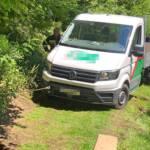 Fahrzeugbergung - Fahrzeug drohte in Bach abzurutschen