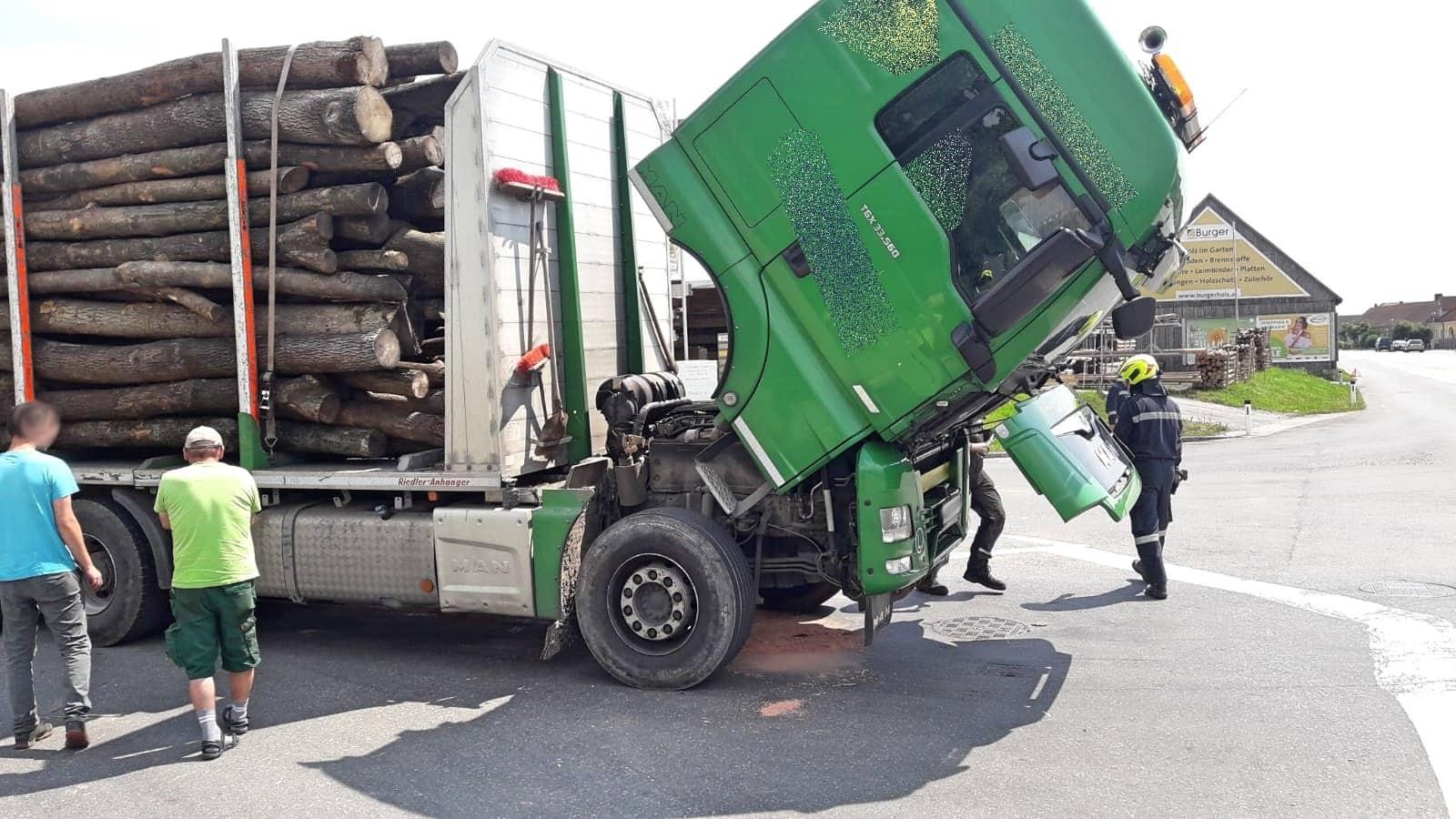Schadstoffaustritt bei LKW