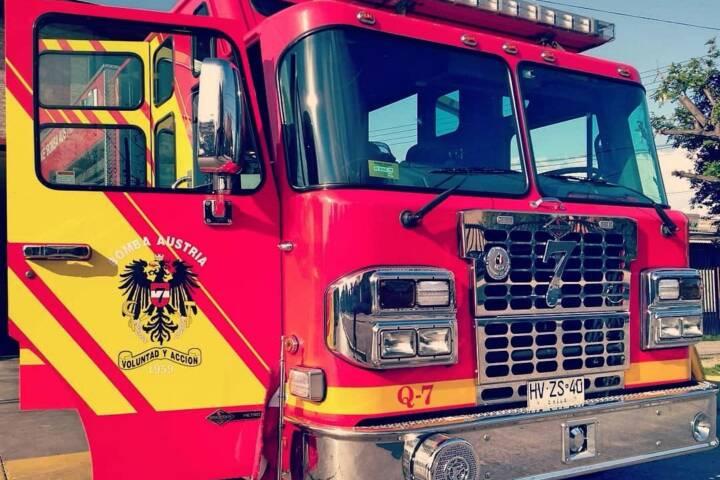 Feuerwehrauto in Chile mit österreichischem Wappen