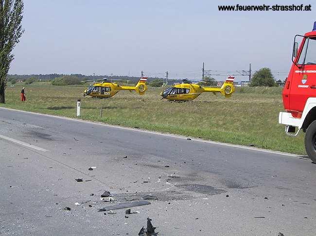 Schwerer Verkehrsunfall mit mehreren eingeklemmten Personen