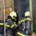 Brand in einem Hackschnitzel-Bunkersilo