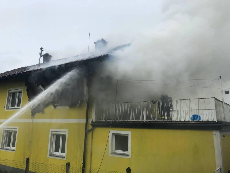 Jugendzimmer ausgebrannt