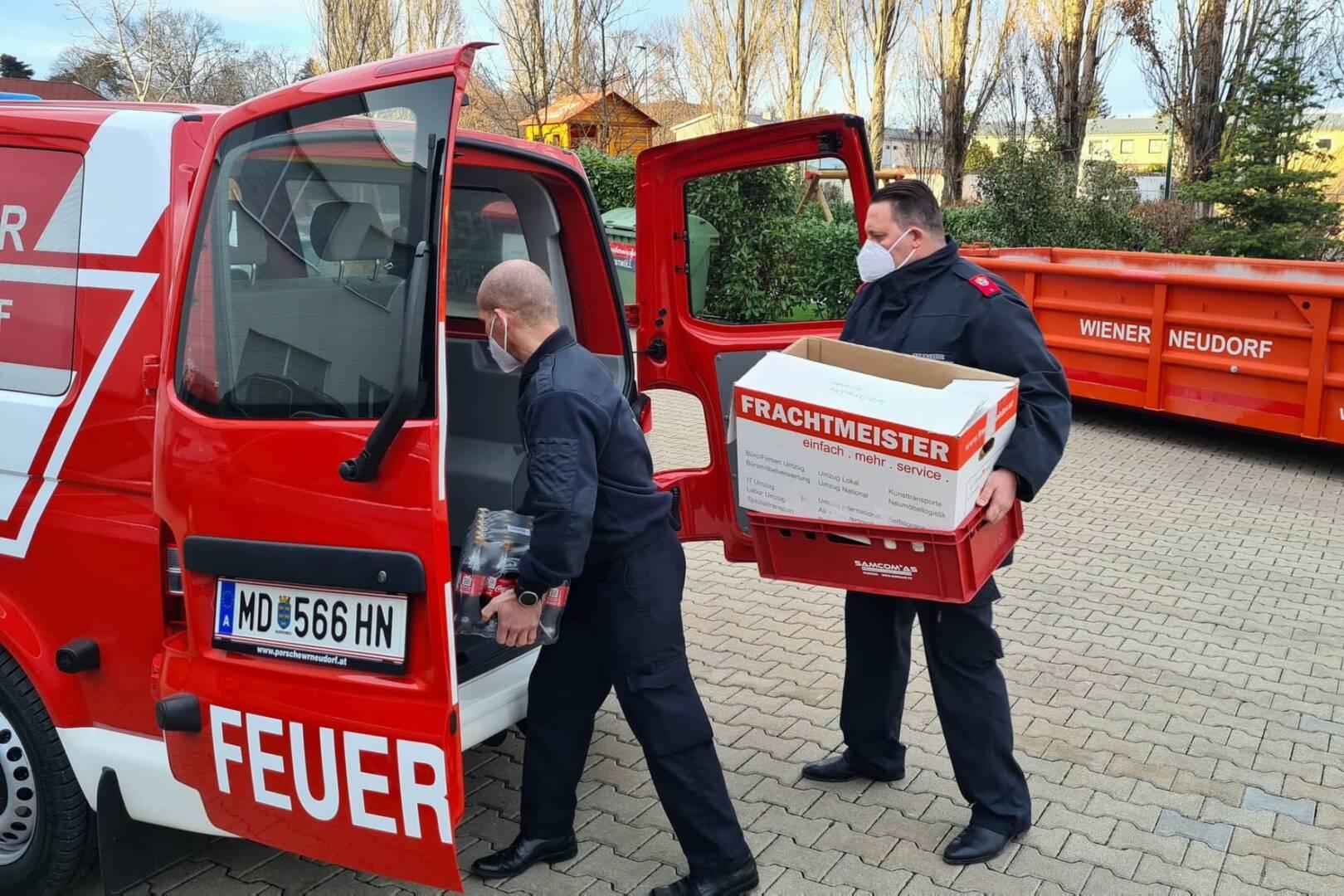 Freiwillige Feuerwehr Wiener Neudorf unterstützt Massentest