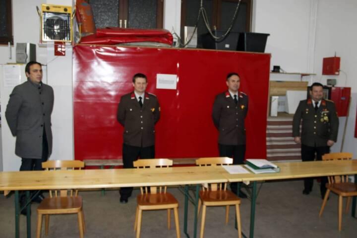 Erstmalige Wahl des Feuerwehrkommandos