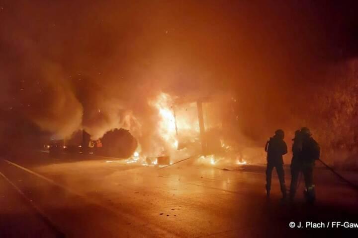 Lkw-Brand auf der A5 Nordautobahn