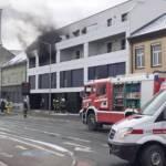 Wohnungsbrand in Mehrparteienwohnhaus