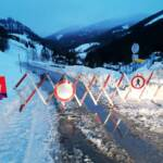 Feuerwehr unterstützte Absicherung von Schneebrett