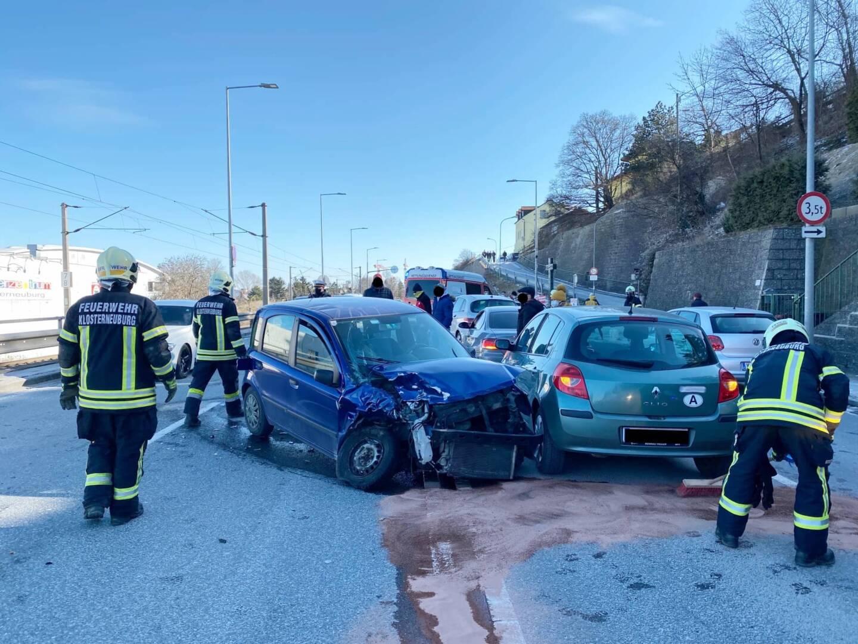 Verkehrsunfall auf der B14