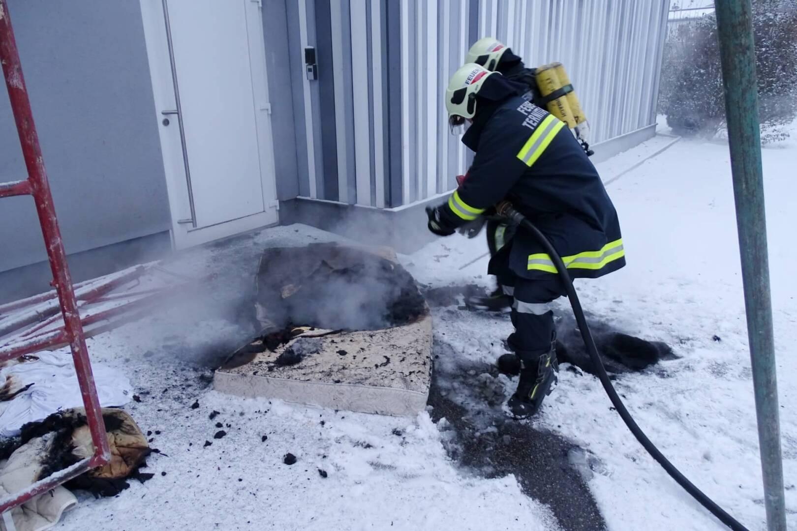 Zimmerbrand in der Pfarre Ternitz