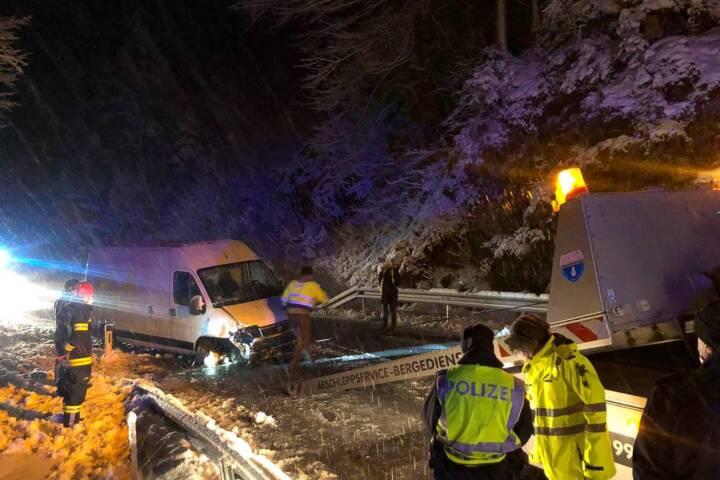Verkehrsunfall mit Kleintransporter