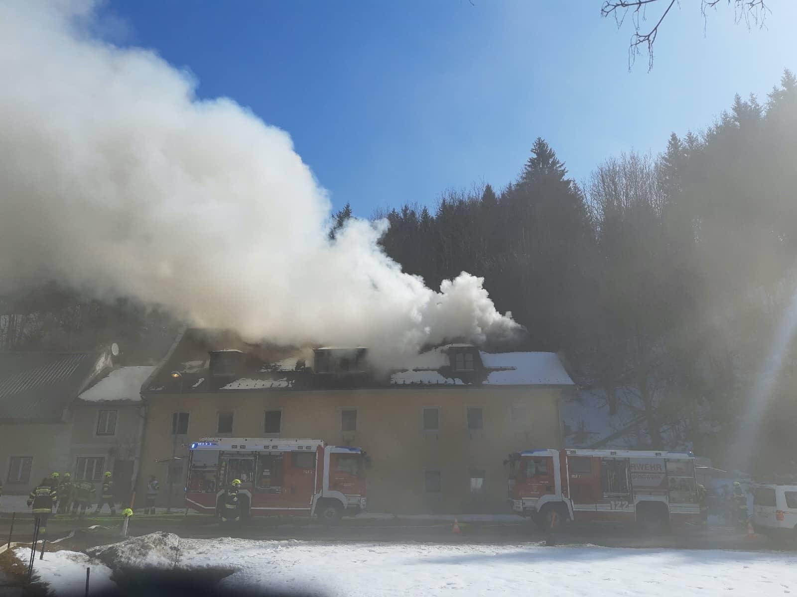Wohnhausbrand in Rasing