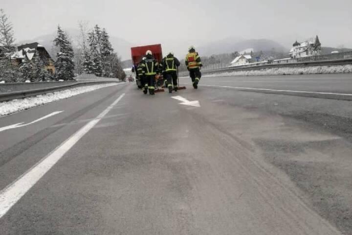 Ölspur von Gemeindegrenze zu Strobl bis Sulzbach