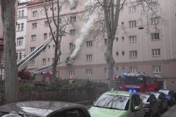 Zimmerbrand in Wien – Alsergrund