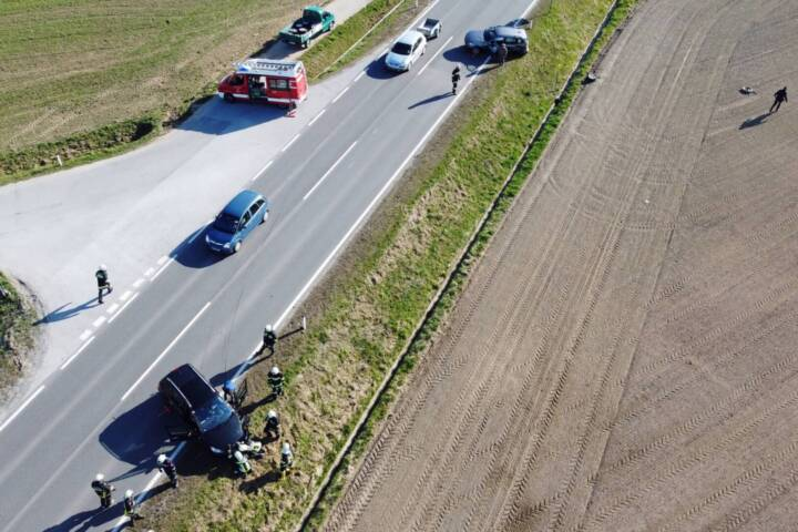 Zwei Verkehrsunfälle innerhalb weniger Minuten