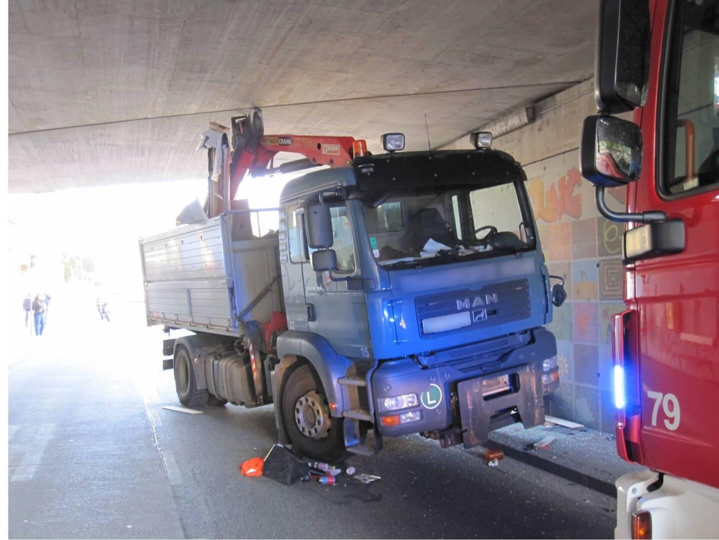 Lkw-Unfall in Wien – Liesing