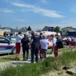 Feuerwehr unterstützt nach Medizinischem Notfall auf Feld