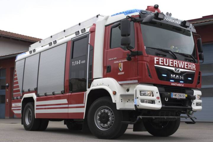 Neues Einsatzfahrzeug TLFA-B 4000