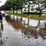 Auspumparbeiten wegen Überflutungen