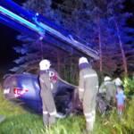Fahranfänger landet nach Unfall am Fahrzeugdach