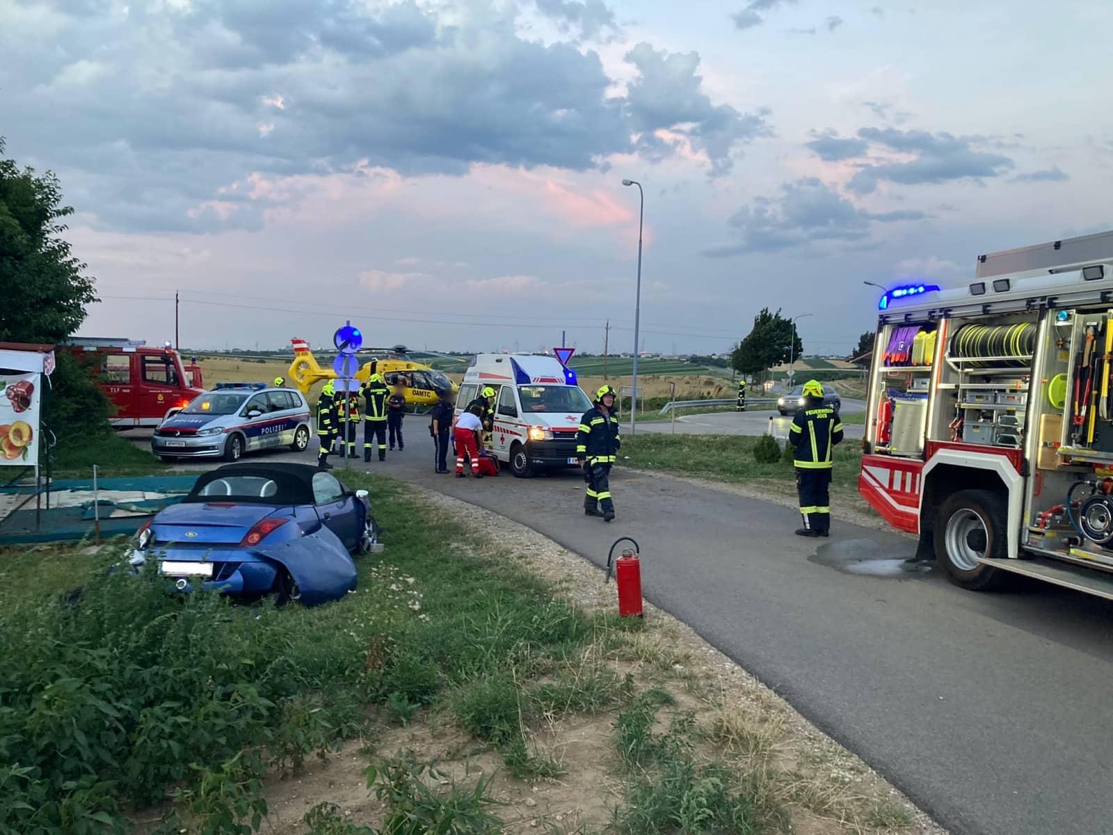 Schwerverletzter Lenker nach Verkehrsunfall