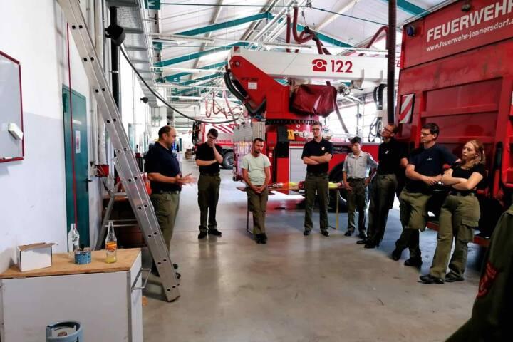 Ausbildung neuer Feuerwehrmitglieder