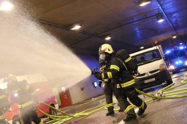 Feuerwehren übten Ernstfall auf S10