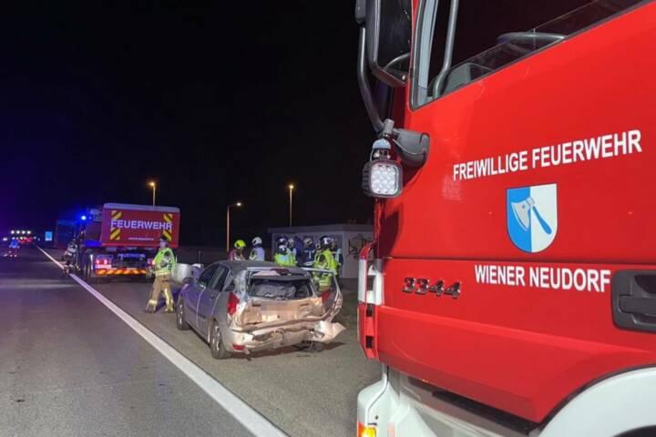 Zwei Verkehrsunfälle - neun Unfallfahrzeuge